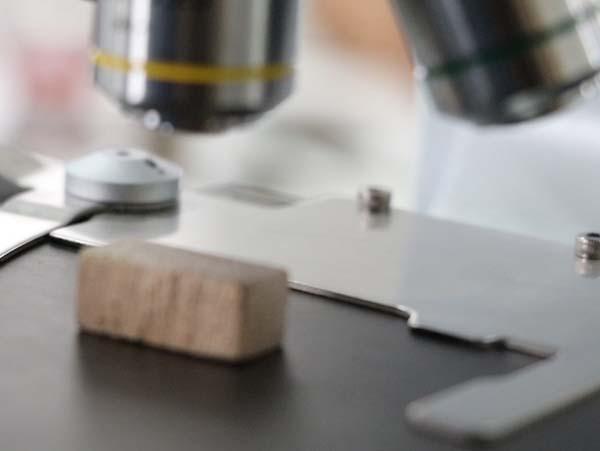 آزمایشگاه شرکت سیم برش الیگودرز